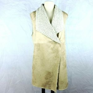 Dylan True Grit Womens Size XL Faux Shearling Vest